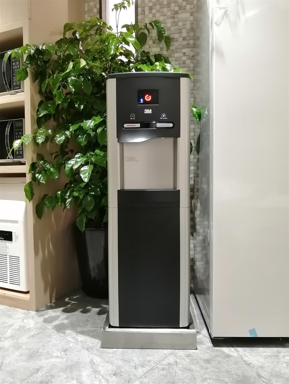 3M智能立式直饮水机